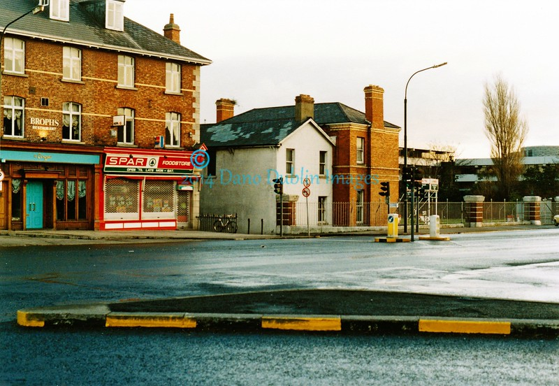 Irish Sweepstakes Building - Image 2