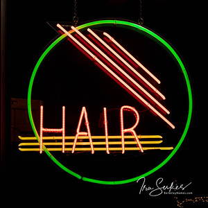 us-ca-berkeley-neon-shop-business-hair-1772-solano-neon-glowing-night-02
