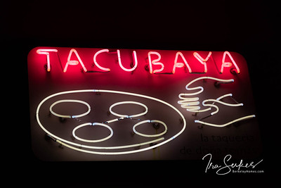 us-ca-berkeley-neon-restaurant-cafe-cafeteria-diner-tacubaya-1782-4th-neon-glowing-night-03