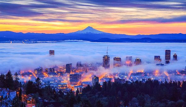 foggy sunrise of Portland