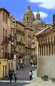 The Catedral de Segovia, as seen from Calle Juan Bravo