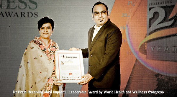 Dr Prem Receiving Healthcare Impact Leader Award 2017