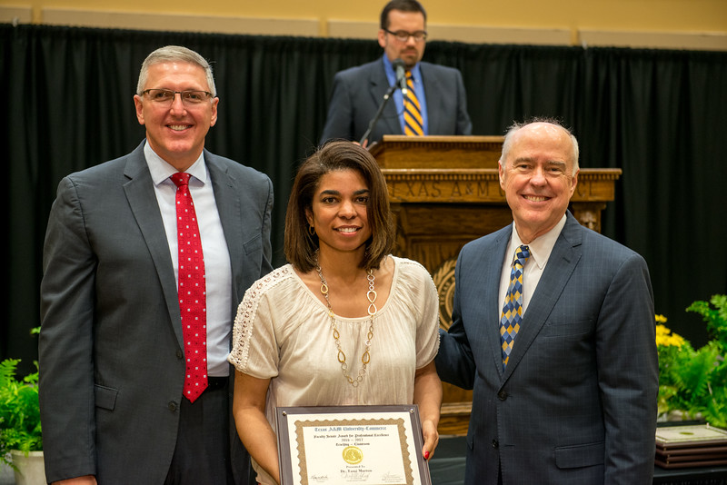 17302-event-Faculty Awards-0103