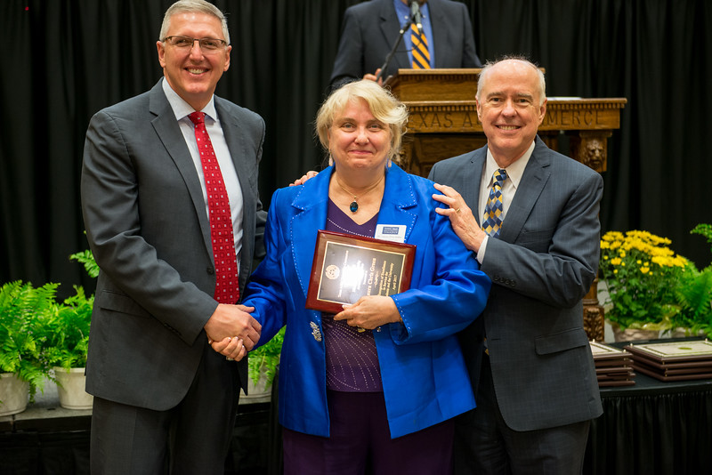 17302-event-Faculty Awards-0102