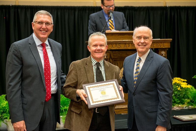 17302-event-Faculty Awards-0110