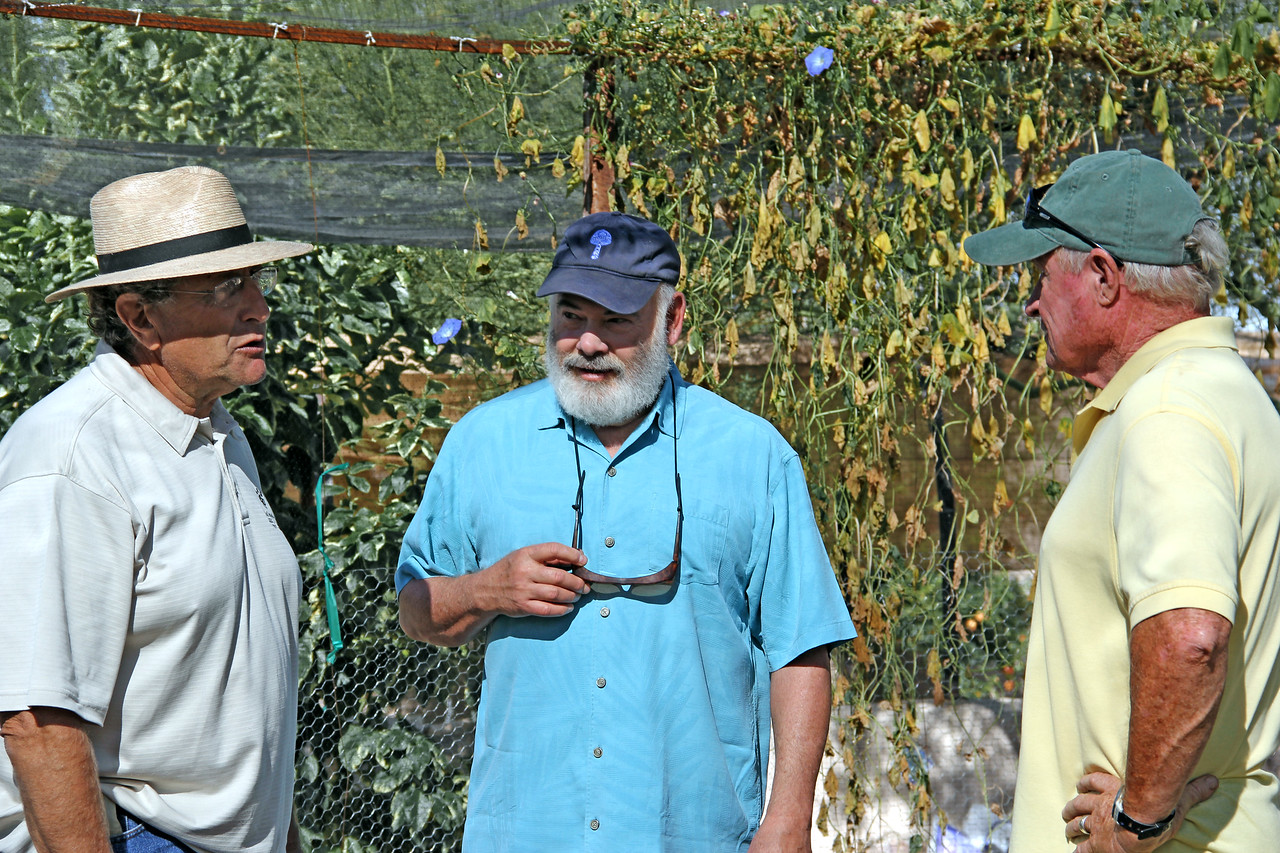 Dr. Weil discusses the garden at Hacienda del Sol in Tucson, Arizona