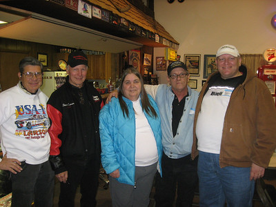 Wrapping up the day. Here's Bruce's long time crewman Bill, Bruce, Dottie and Bob Plumer, and the nearly anorexic Bill Pratt. Shortly after this we all went out for an awesome dinner at the Stoney Creek Inn. A terrific end to a terrific day.