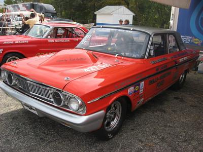 Ford Super Stock drag team member.