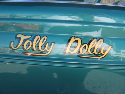 Detail on the Bob Bernardon Jolly Dolly 39 Chevy.