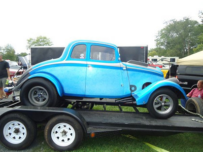 33 Willys trailered up and ready to head home after the drags.