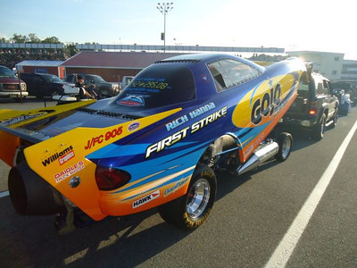 The Rich Hanna driven GoJo Hand Cleaner Trans Am jet funny car. Best times for the jet funnies were 5.94, 264 to 6.02, 267 with Rich taking the match.