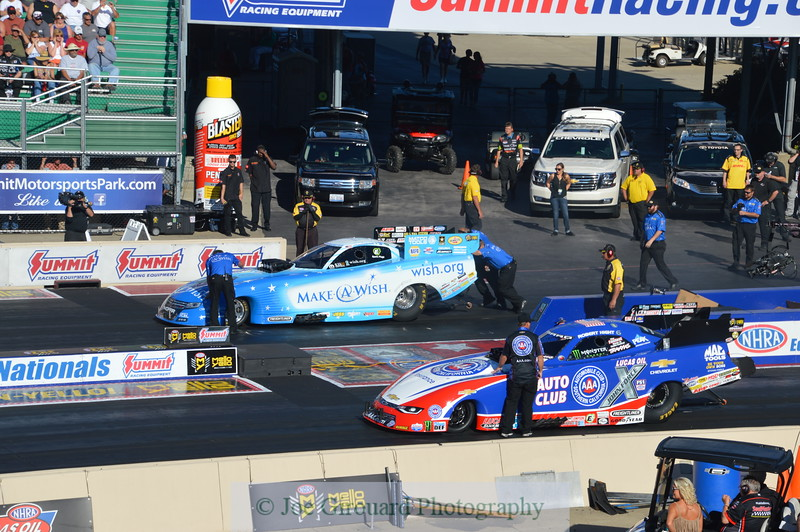 2016 NHRA Summit National - Friday