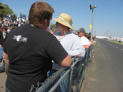 Railbirds enjoying the show at Bakersfield 2008 (pit side, facing the starting line).