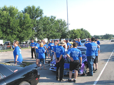 Lotta blue shirts in the Eddyville staging lanes.