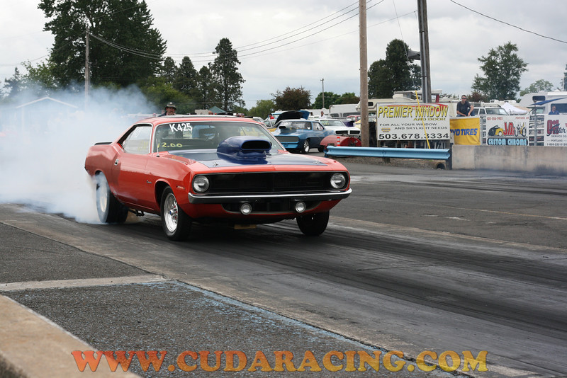 Kathy running points at Woodburn Dragstrip