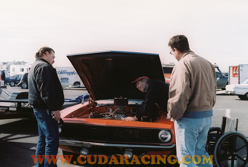 Todd chatting with Don and Jack at a Woodburn Dragstrip race.