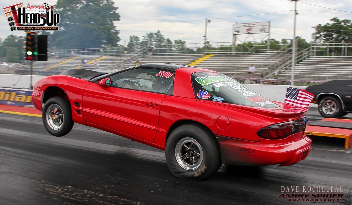 IMAGE: https://photos.smugmug.com/DragRacing/Aeroquip-Heads-Up-July-2017/i-3kZksDW/0/68dbea18/O/IMG_0085.jpg