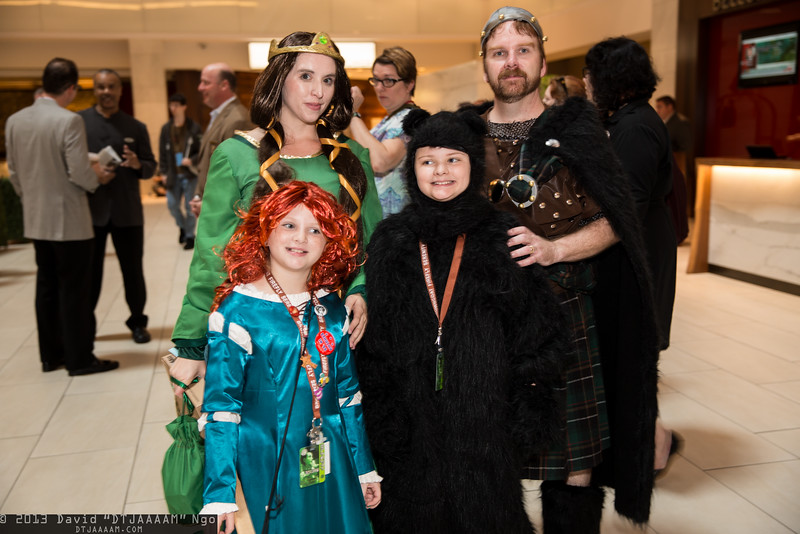 Merida, Queen Elinor, Bear, and King Fergus
