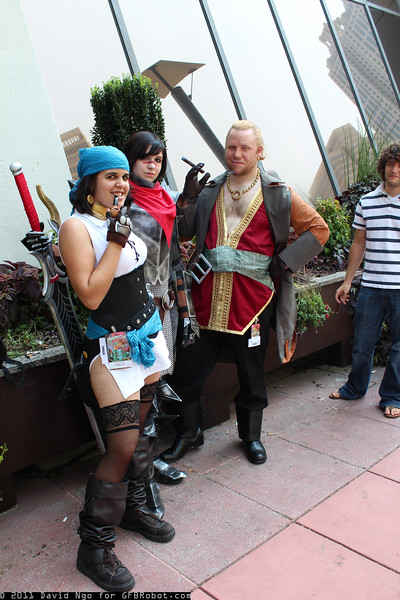 Isabela, Hawke, and Varric Tethras