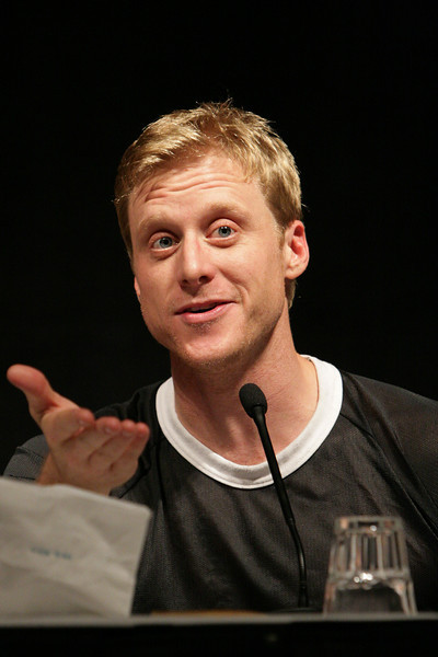 Alan Tudyk has appeared as Wash in Serenity and Firefly, Sonny in I, Robot, Oscar/Dab the Dodo (voice) in Ice Age, and Wat Falhurst in A Knight's Tale.