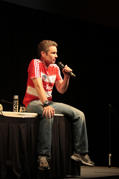 James Marsters played Spike on Buffy and Angel,  Milton Fine (Brainiac) on Smallvile, and Captain John Hart on Tourchwood.