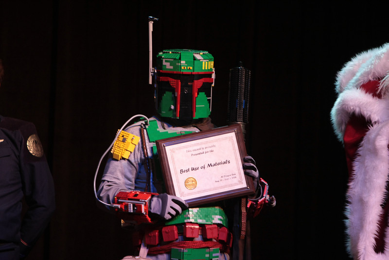 Winners of the 2008 DragonCon Costume Contest.