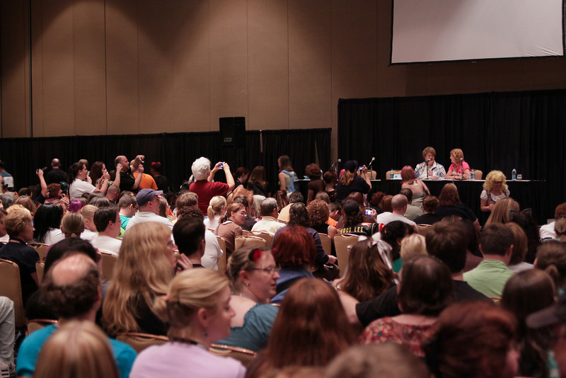 An Hour With Charlaine Harris at DragonCon 2009