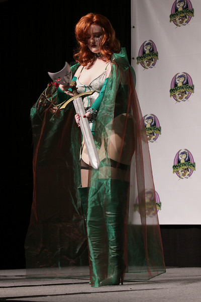 The 12th Annual Dawn Look-A-Like Contest at DragonCon 2009. Hosted by Anthony Daniels.