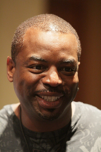 Voyager: 70,000 light years away panel with Levar Burton at DragonCon 2010