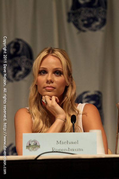 Smallville: Three Bad Guys and a Supergirl with Laura Vandervoort at DragonCon 2011