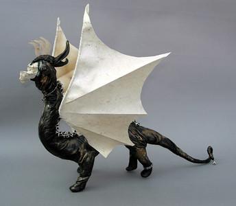 Luccini, the music loving dragon
