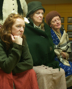 Helen (Judy McKeever), Eileen (Anne Lucas) and Kate (Mary Ryan)