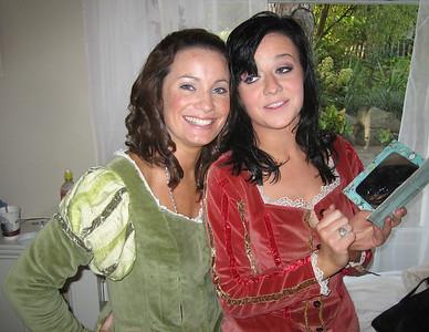 Niamh Daly (Rosalind, daughter of Duke Senior) & Siamha Ni Aonghusa (Celia, daughter of Duke Frederick)
