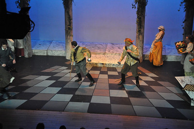 Stage combat involving Sean Murphy (left) and Mark Phelan (right).