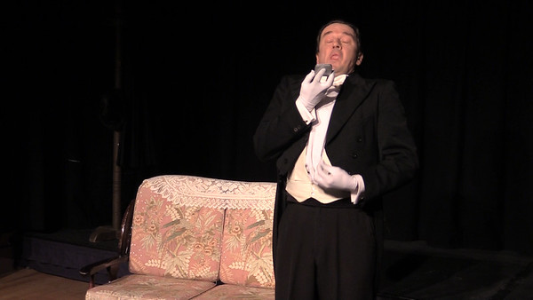 Sean Murphy in 'The Proposal' (frame from video)