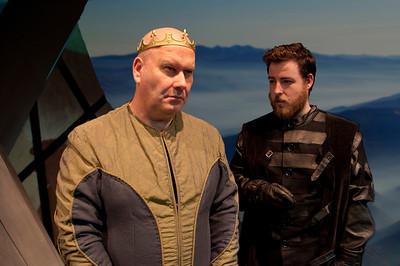 l-r Brian Molloy (King Duncan) and Finbarr Doyle (Malcolm).