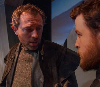 l-r Steve Gunn (Macduff) and Finbarr Doyle (Malcolm).