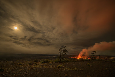 Super moon over Halema'uma'u