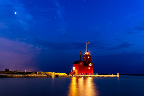 Jupiter and the Stars Shine Down On Big Red in Holland