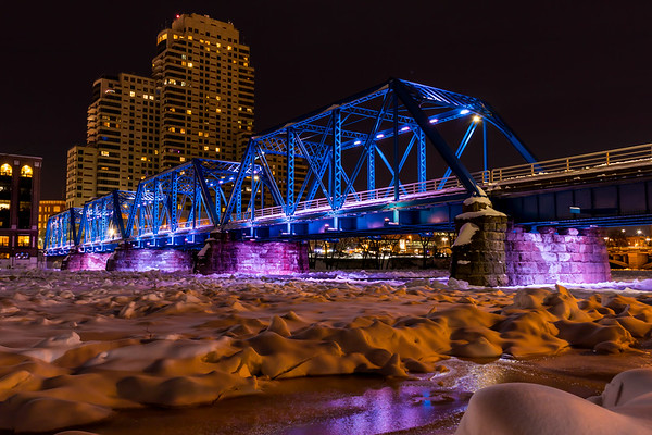 Grand Rapids Blue Bridge Over Frozen Grand River