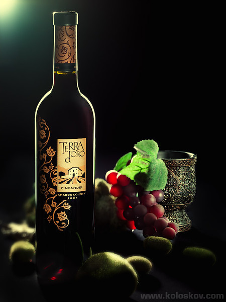 "Wine and grape; weekly assignment for ""Studio Photography Insights"" hangout by Alex Koloskov. More here: http://goo.gl/dCrNR"