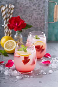Strawberry lemonade with rose water and crushed ice