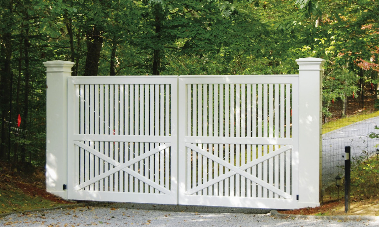 294 - Amagansett NY - Capped Sudbury Gate