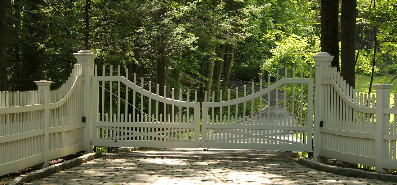 259946 - 190 - New Canaan - Westchester Driveway Gate