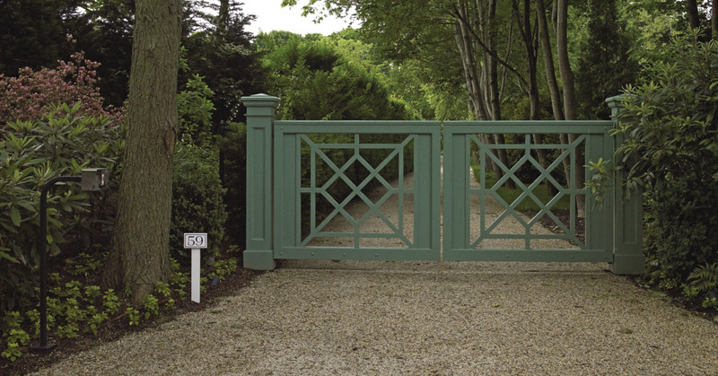 294 - East Hampton NY - Chippendale Gate