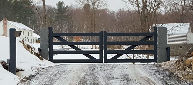 198 - 517512 - Millbrook NY - Custom Wood Gate with Operators