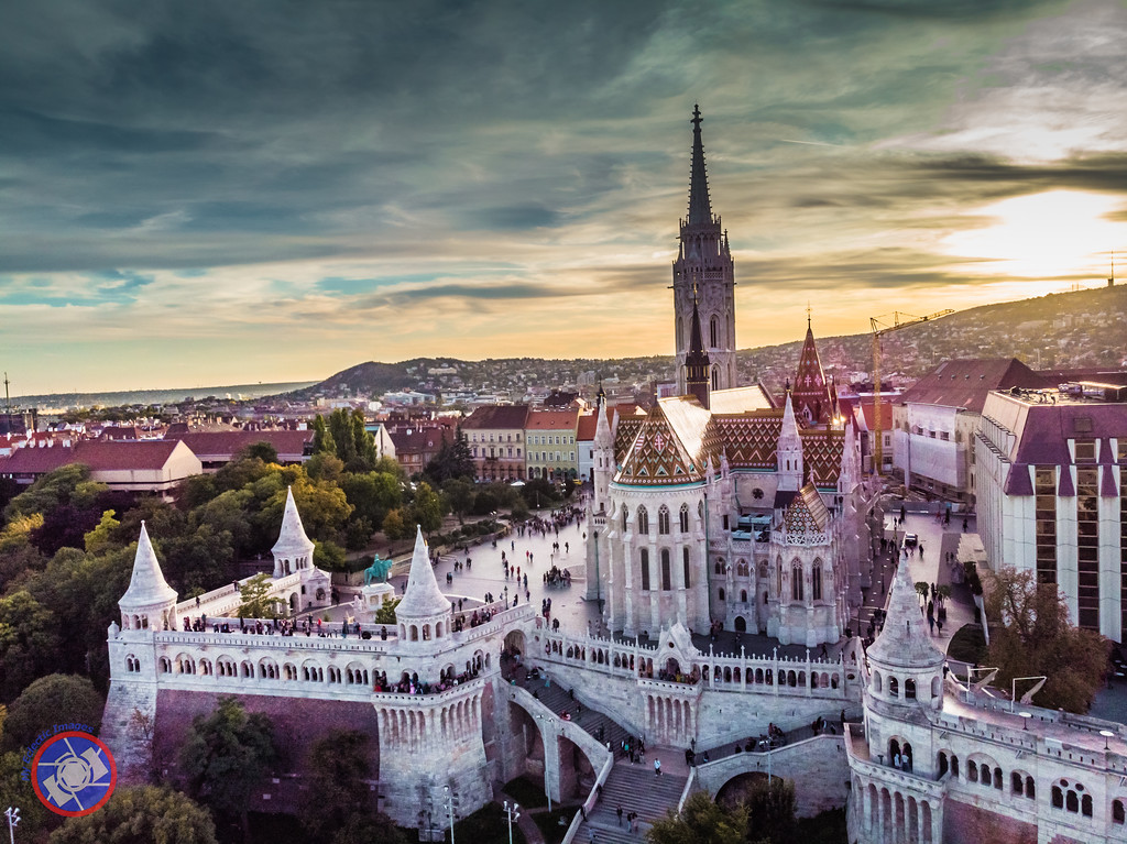 Fishermans Bastion and Matthias Church at Buda Castle in Budapest (©simon@myeclecticimages.com)