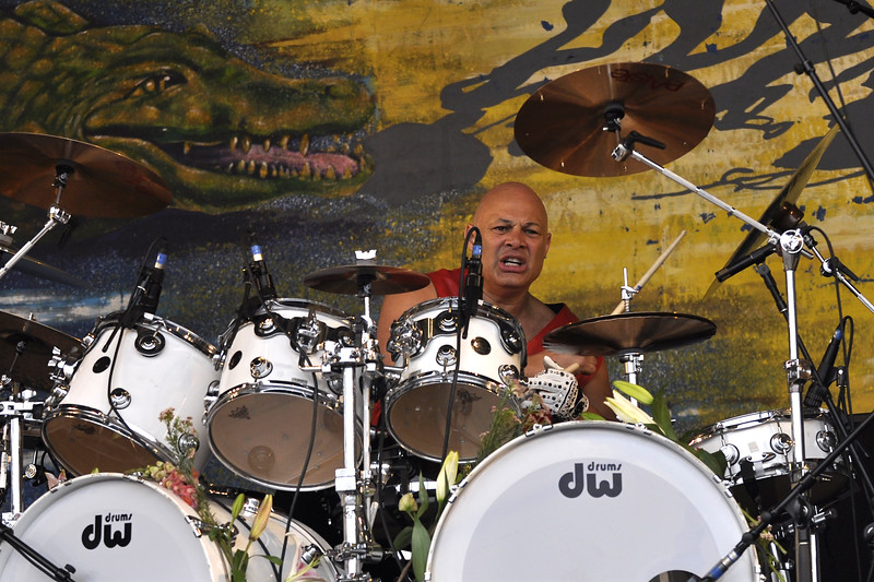 NEW ORLEANS, LA-MAY 1:  Narada Michael Walden performs with Jeff Beck on the Gentilly Stage at the New Orleans Jazz & Heritage Festival on May 1, 2010. (Photo by Clayton Call/Redferns)