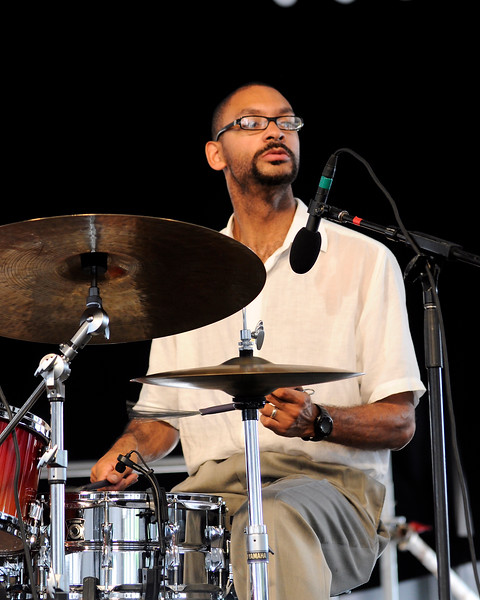 Jason Marsalis performing with Marlon Jordan at the New Orleans Jazz & Heritage Festival on April 24, 2009.