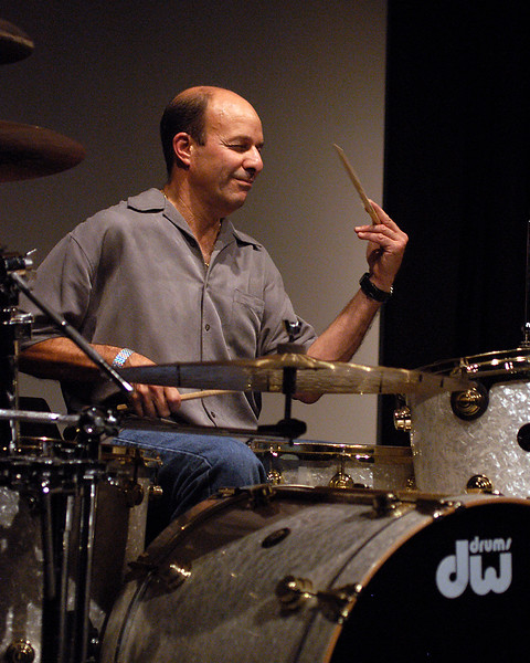 Greg Errico (Sly & The Family Stone, Weather Report, Santana) performs at a clinic in San Francisco on November 6, 2004.
